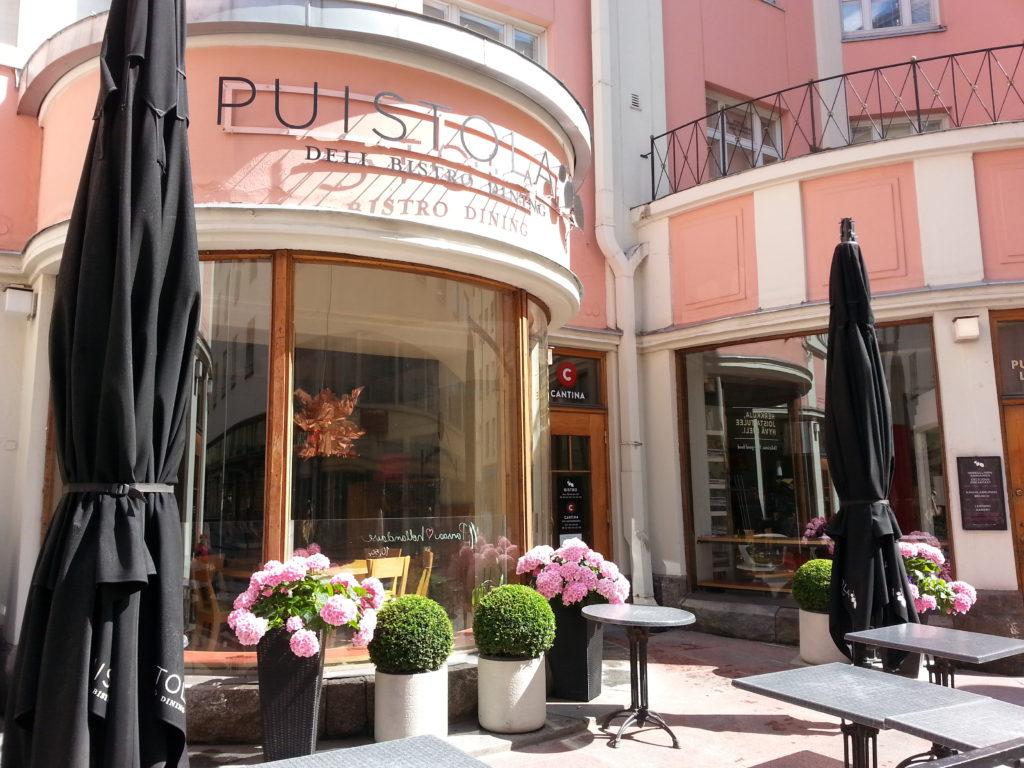 Inspiraatiota Oulusta: kaupungissa on useita vaaleanpunaisia rakennuksia.
