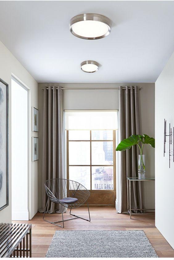 Valaistus: tärkeän ykeisvalaituksen saa aikaan oikeanlaisilla kattovalaisimilla.